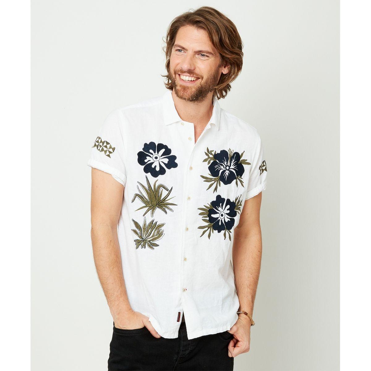 Chemise à fleurs hawaïennes audacieuses