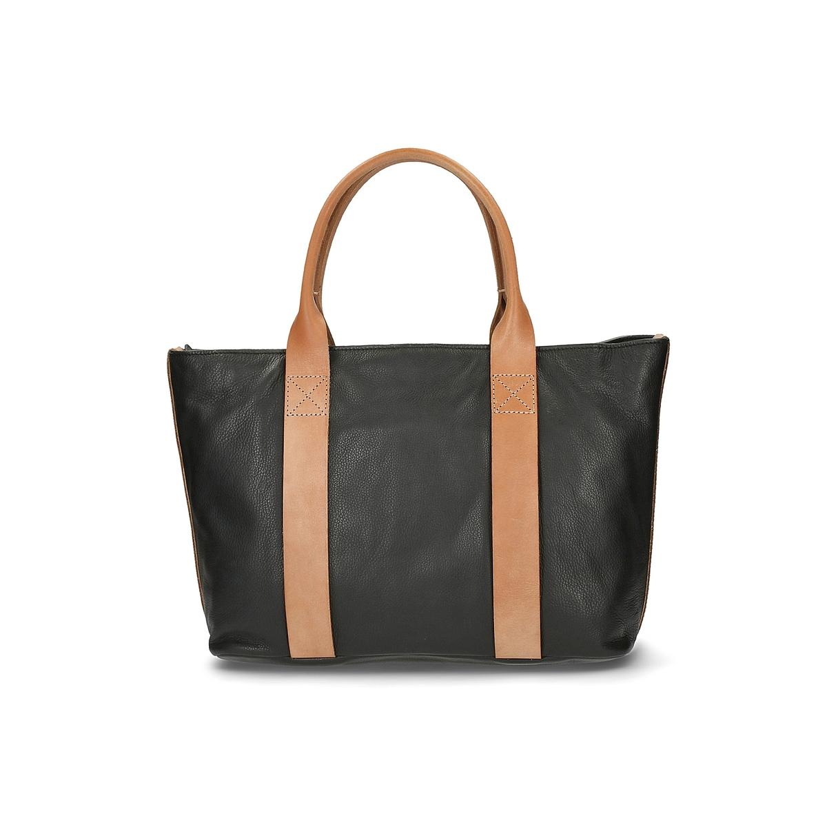 Сумка-шоппер кожанаяКожаная сумка-шоппер Tasmin Bela от Clarks.Красивая мягкая кожа, улучшенный дизайн, 2 контрастные ручки, практичная и элегантная сумка через плечо !  Состав и описание :Материал : яловичная кожа снаружи                 подкладка из текстиляМарка : ClarksМодель : Tasmin Bela Размеры  : В.29 x Д.48 x Ш.15 смЗастежка : молния2 внутренних кармана<br><br>Цвет: черный<br>Размер: единый размер