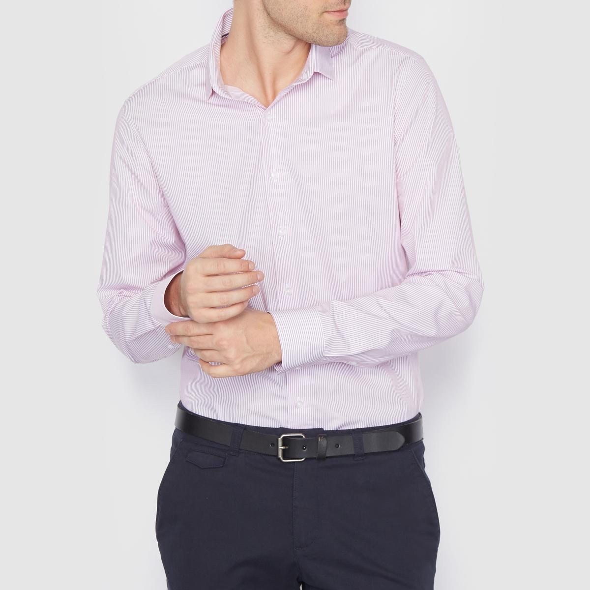 Рубашка в полоску стандартного покроя. Длинные рукаваРубашка из поплина, 100% хлопка . Стандартный (прямой) покрой . Свободные уголки воротника  . Длинные рукава . Длина 77 см .<br><br>Цвет: в полоску/розовый<br>Размер: 47/48