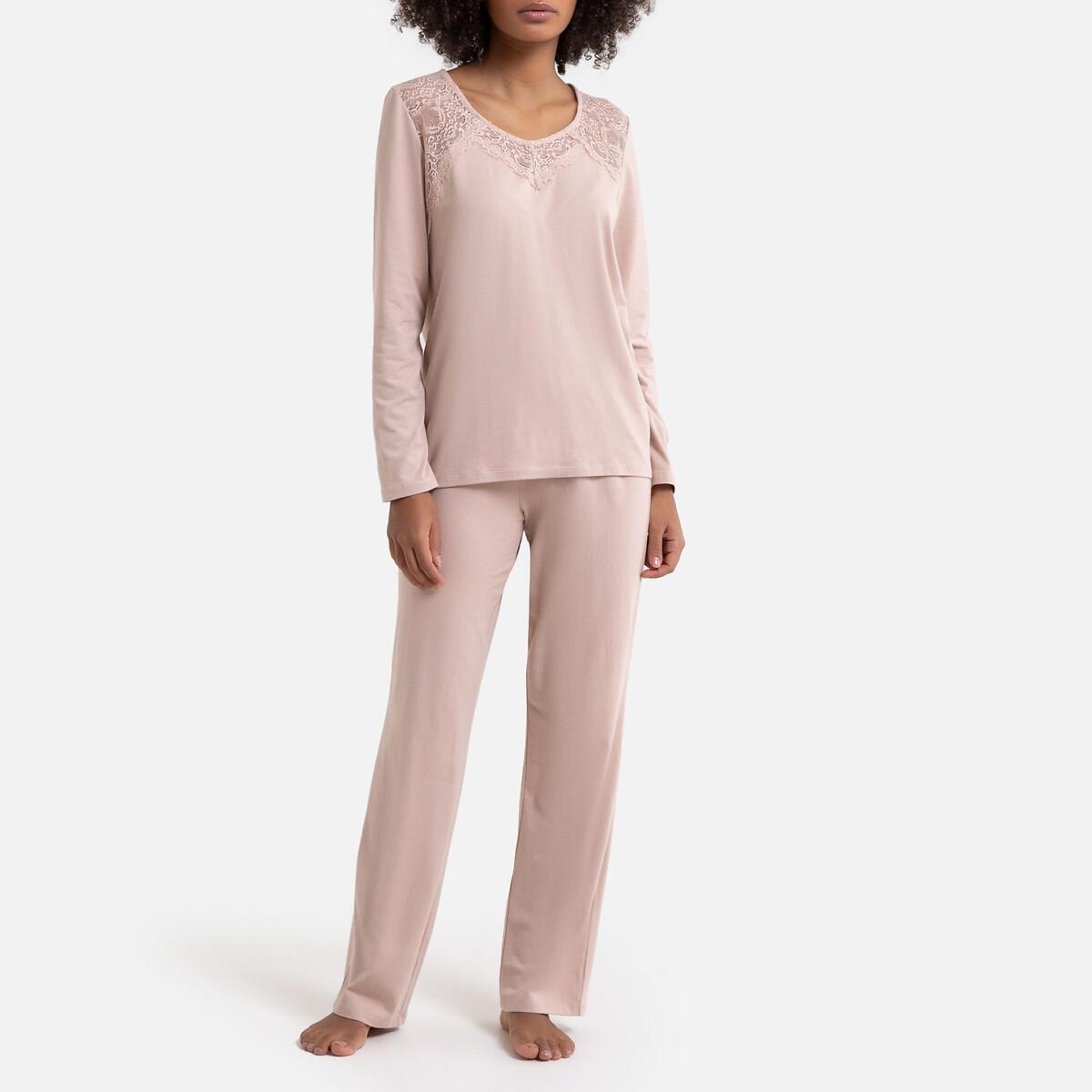 Pijama de modal y encaje