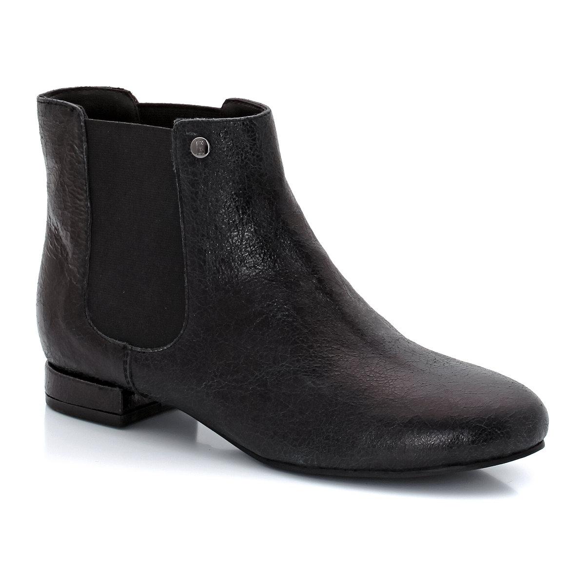 Ботинки MabilonНеоспоримые плюсы: пересмотренный стил челси от марки ELLE, с ее фирменной элегантностью и комфортом.<br><br>Цвет: черный<br>Размер: 38.41
