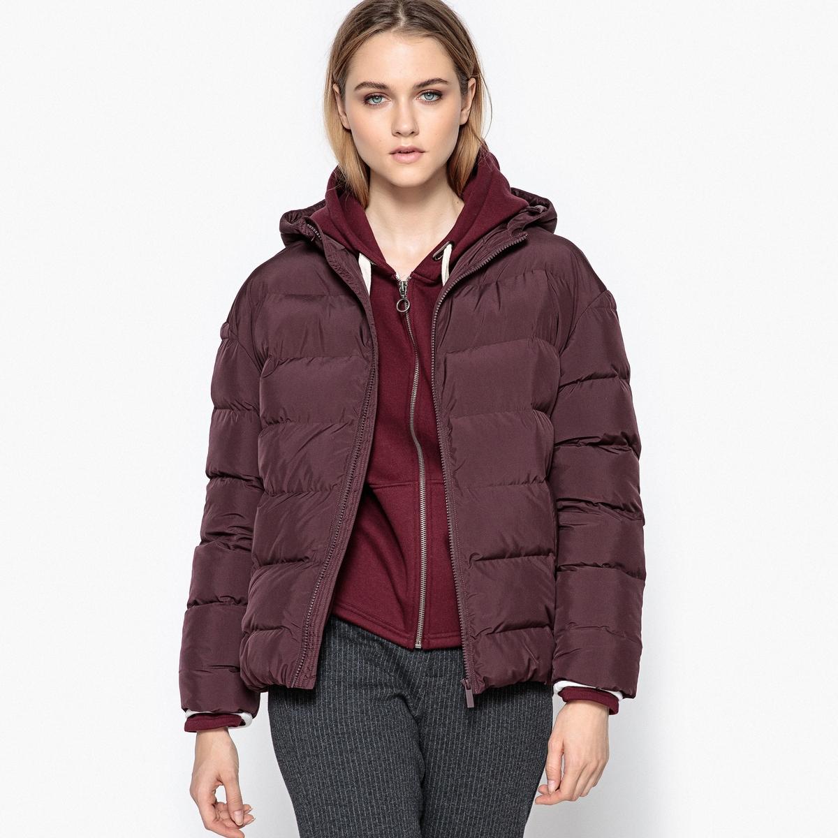 Куртка с капюшоном покроя оверсайзОписание:Теплая и удобная стеганая куртка возвращается этой зимой, чтобы вы выглядели стильно и не ощущали холодов .Детали •  Длина : укороченная   •  Круглый вырез •  Застежка на молнию •  С капюшономСостав и уход •  100% полиэстер •  Подкладка : 100% полиэстер •  Наполнитель : 100% полиэстер • Не стирать •  Деликатная чистка/без отбеливателей •  Не использовать барабанную сушку   •  Не гладить •  Длина : 65 см<br><br>Цвет: бордовый,темно-синий<br>Размер: 52 (FR) - 58 (RUS).50 (FR) - 56 (RUS).46 (FR) - 52 (RUS).44 (FR) - 50 (RUS).44 (FR) - 50 (RUS).48 (FR) - 54 (RUS).42 (FR) - 48 (RUS).48 (FR) - 54 (RUS).42 (FR) - 48 (RUS).46 (FR) - 52 (RUS)