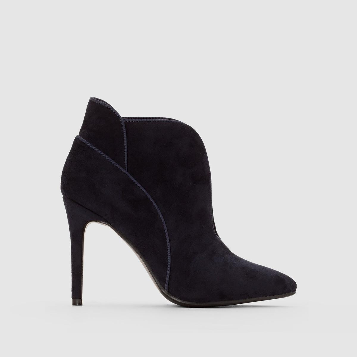 БотильоныПреимущества:   : очень стильные ботильоны на высоком каблуке-шпильке с замшевым эффектом, детальной отделкой и оригинальными отрезными деталями сверху .<br><br>Цвет: темно-синий,черный<br>Размер: 36