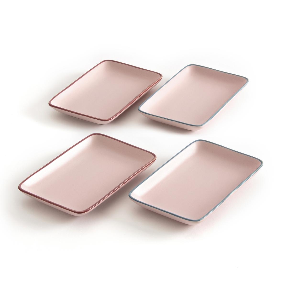 4 маленьких прямоугольных тарелки SIGRID4 маленьких прямоугольных тарелки  Sigrid .Симпатичный нордический стиль .Комплект из 4 маленьких прямоугольных тарелок  Sigrid . - Из керамики с матовым эффектом .  - 4 сочетающихся цвета .- Размеры : 19 x 12 см .- Можно использовать в микроволновой печи и мыть в посудомоечной машине.Найдите подставки для яиц Sigrid из комплекта и нашу коллекцию Arts de la table на сайте laredoute.ru<br><br>Цвет: розовый