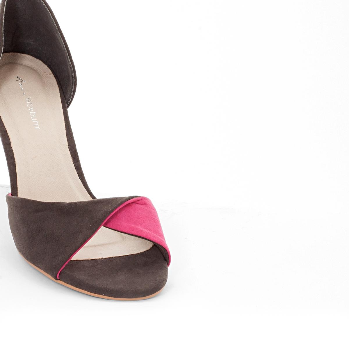 Туфли двухцветныеДвухцветные туфли от Anne Weyburn.Верх : Синтетическая замша.Подкладка : синтетический материалСтелька : Кожа на подкладке из пеноматериала.Подошва : Эластомер.Высота каблука : 8 см.<br><br>Цвет: серый/ фуксия<br>Размер: 38.41