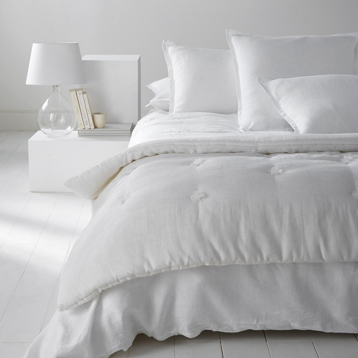 Одеяло из стиранного льна, AbellaОдеяло из 100% льна Abella, Качество уровня Qualit? Best. Чудесное блаженство проскользнуть под это одеяло Abella с очень приятным, легким и дышащим наполнителем. Характеристики одеяла изо льна, Abella :Верх из 100% льна.  Наполнитель из 100% полиэстера (400 г/м?)Стирка при 30°.100% лен : Натуральный, элегантный и аутентичный материал, с легким жатым эффектом. Мягкий струящийся материал - легкий летом и теплый зимой - становится еще мягче и красивее со временем.Другие наши изделия из льна ищите на сайте laredoute.ruРазмеры :90 x 150 см90 x 190 см150 x 150 см<br><br>Цвет: белый,серо-коричневый,сине-зеленый<br>Размер: 90 x 190  см