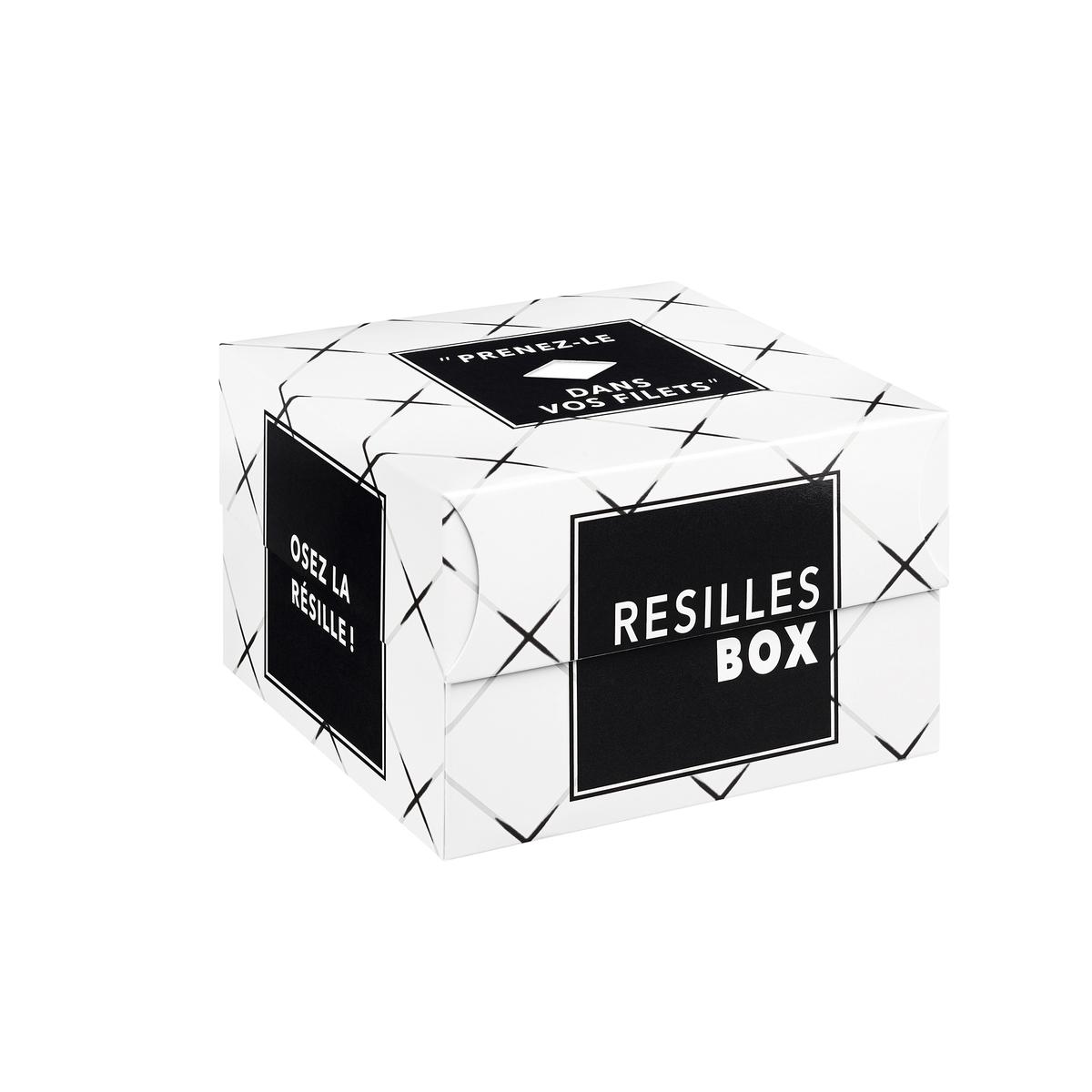 Caixa presente com collants e soquetes em malha de rede