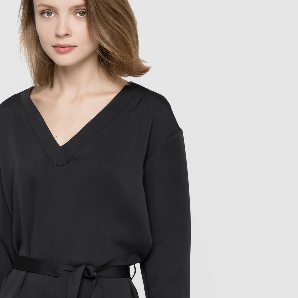 Платье с длинными рукавами и V-образным вырезомПлатье с длинными рукавами LES PTITES BOMBES. V-образный вырез спереди, пояс с завязками.Состав и описаниеМарка : LES PTITES BOMBESМатериал : 100% полиэстера<br><br>Цвет: черный<br>Размер: M