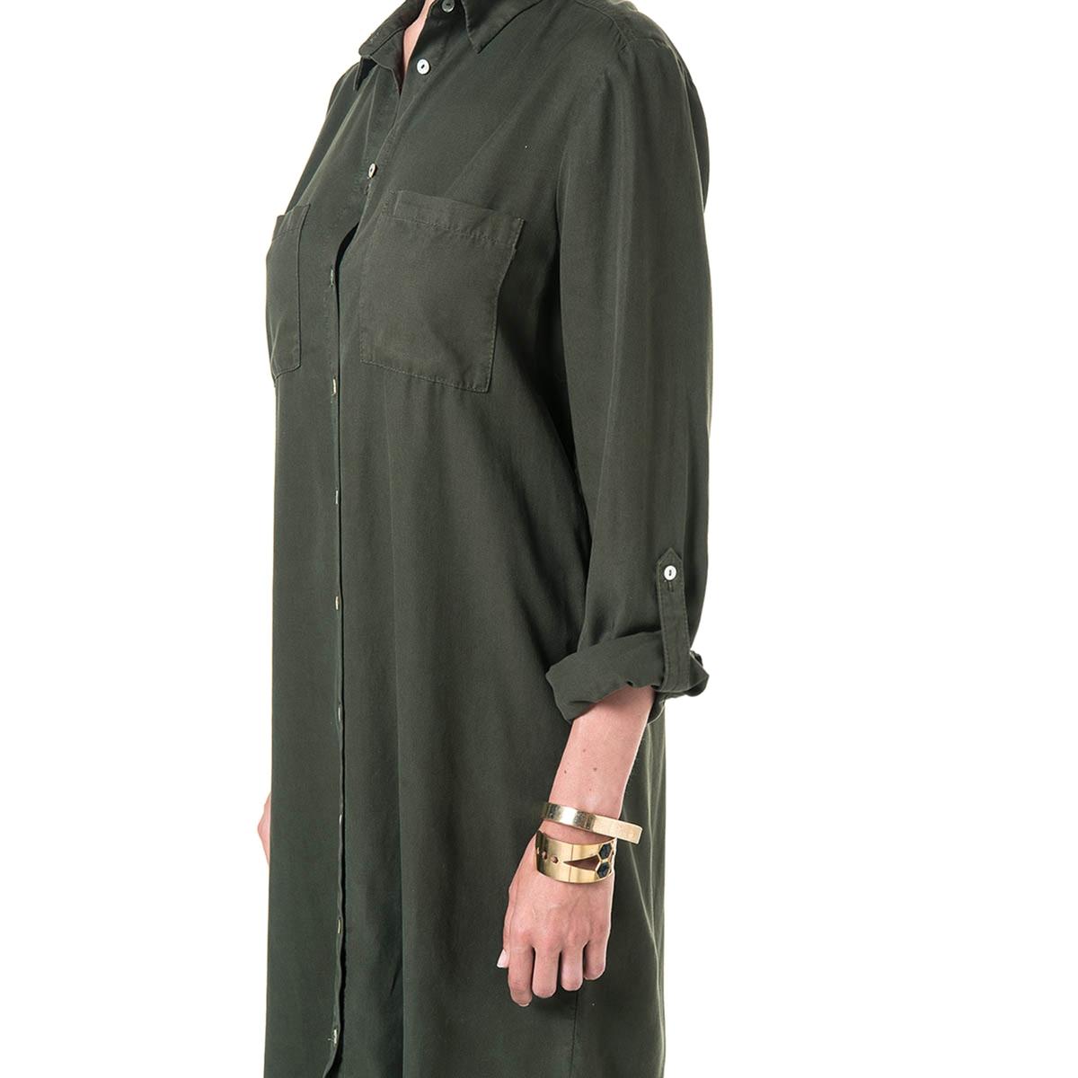 Платье-рубашка из тенселаМатериал : 100% лиоцелл  Длина рукава : Длинные рукава  Форма воротника : воротник-поло, рубашечный. Покрой платья : платье прямого покроя  Рисунок : Однотонная модель   Длина платья : до колен<br><br>Цвет: хаки
