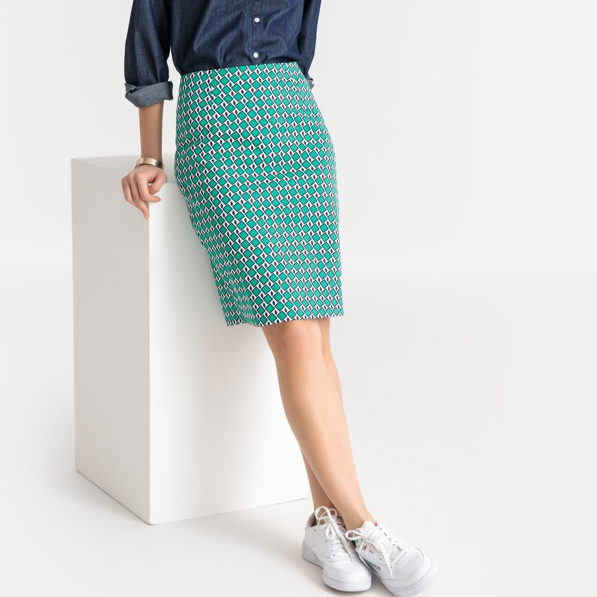 Falda recta estilo tubo