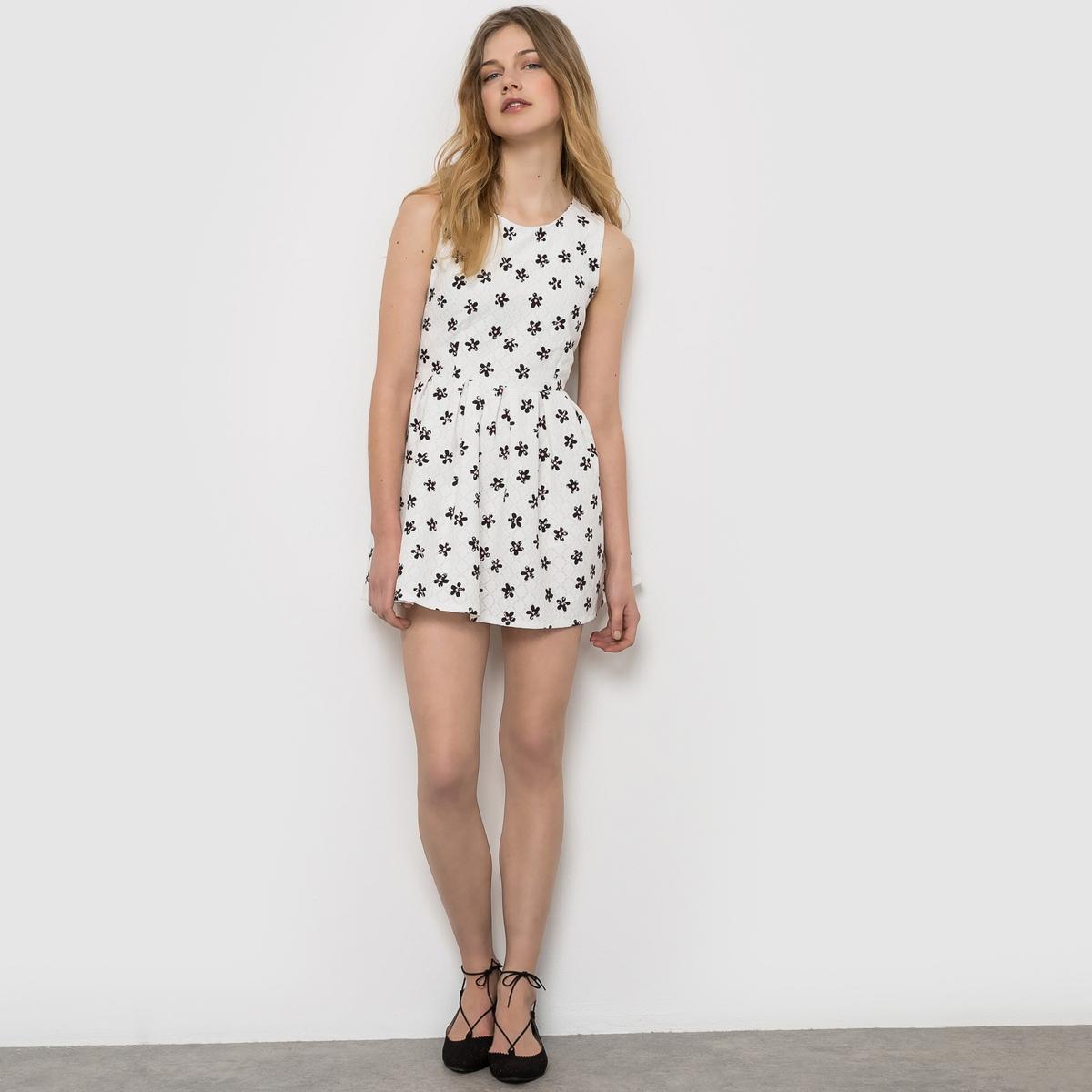 Платье с короткими рукавамиСостав и описание      Материал: 100% хлопка     Марка MOLLY BRACKEN<br><br>Цвет: белый/черный<br>Размер: M