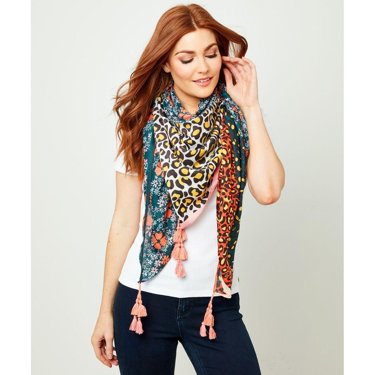 Écharpe estivale imprimé animal et fleurs