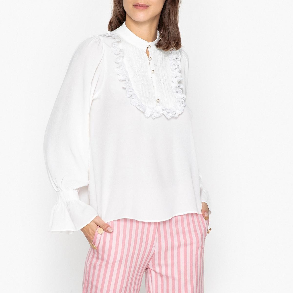 Блузка с кружевом и длинными рукавами