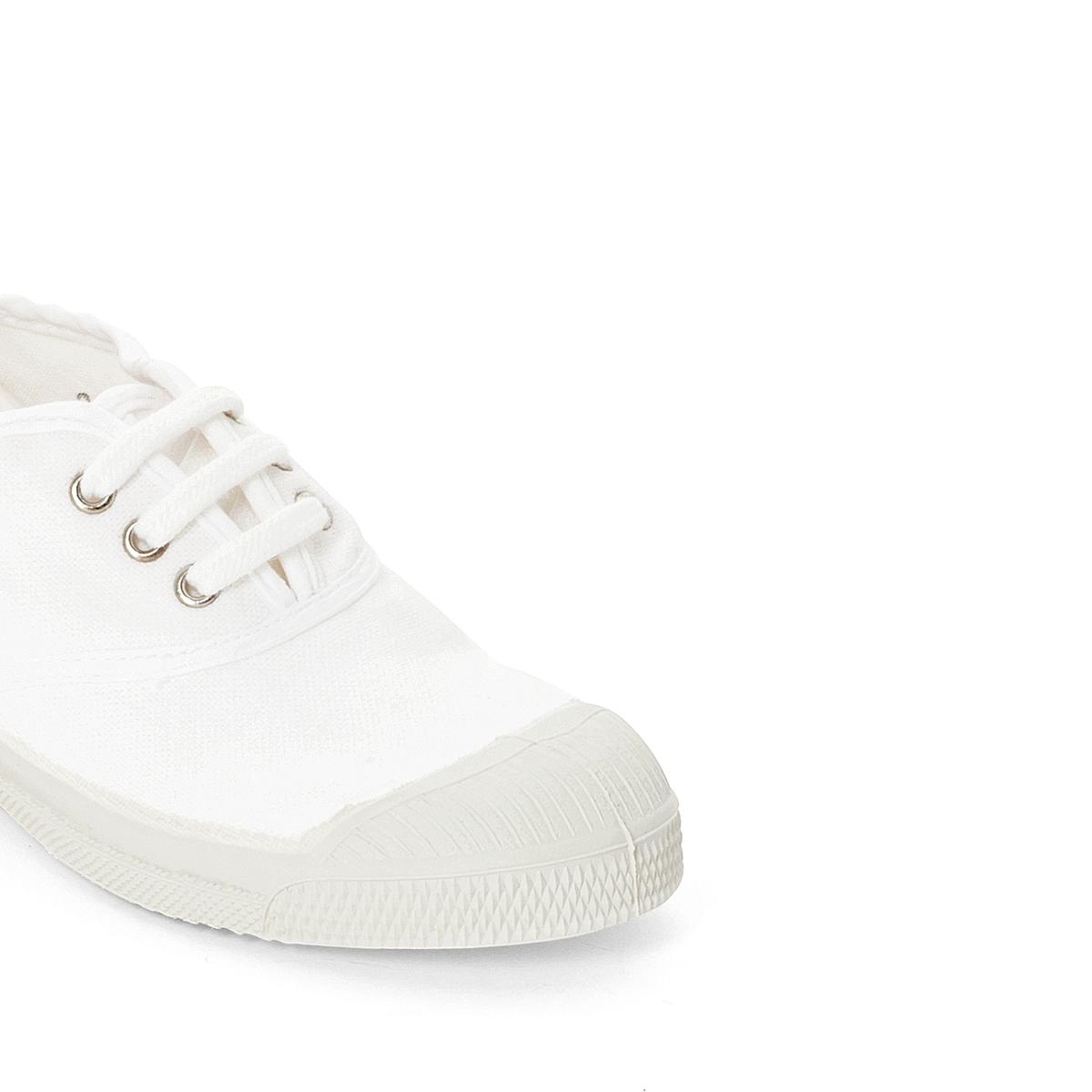 Кеды LacetsДетали •  Спортивный стиль •  Плоский каблук •  Застежка : шнуровкаСостав и уход •  Верх 100% ткань •  Подкладка 100% текстиль •  Стелька 100% текстиль •  Подошва 100% каучук<br><br>Цвет: белый