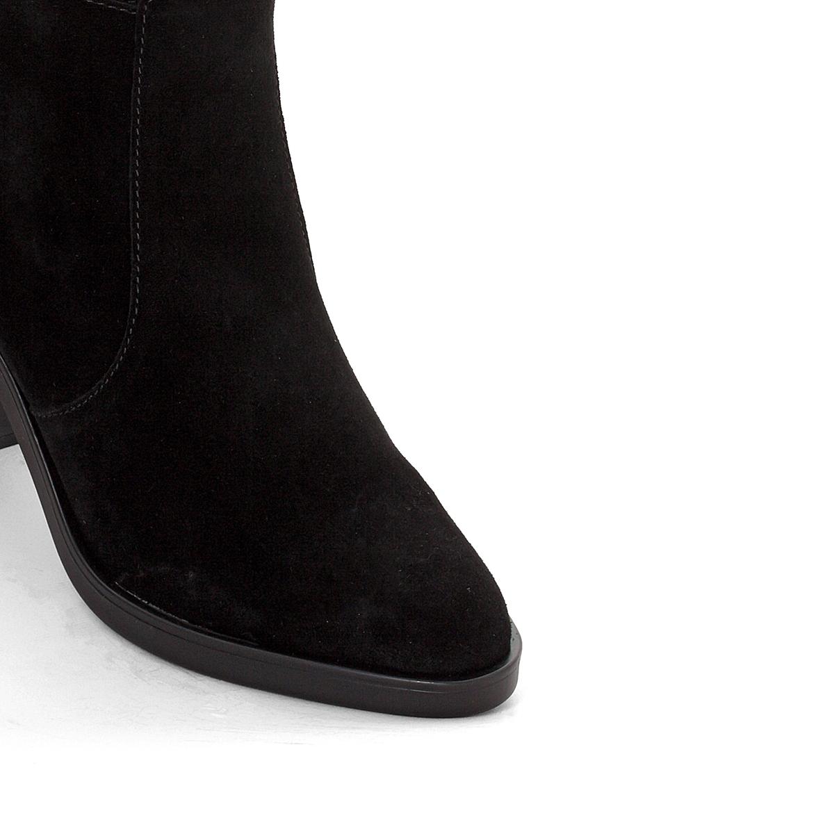 Сапоги на каблуке Shane OverkenneПодкладка : Синтетический материал               Стелька : полиэстер.               Подошва : Каучук.           Высота каблука : 8 см               Высота голенища : 35 см.               Форма каблука : Широкий               Мысок : Закругленный               Застежка : На молнию<br><br>Цвет: черный<br>Размер: 37.36