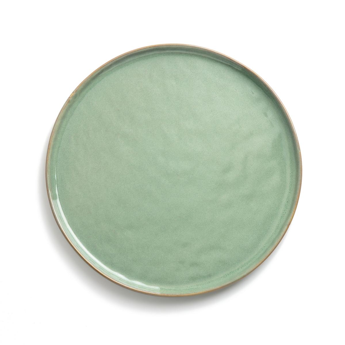 Тарелка из керамики, ?27 см, PURE, дизайн П.Нессенса для Serax4 мелкие тарелки из керамики Pure для Serax. Паскаль Нессенс создал Pure, свою первую коллекцию столовых сервизов. Чистое воплощение аутентичности и теплоты, рожденные из органических форм и натуральных материалов.Характеристики :- Из керамики, покрытой глазурью.- Можно использовать в микроволновой печи и мыть в посудомоечной машине.- Миска и десертная тарелка того же комплекта представлены на нашем сайте.Размеры :- ?27 x В1,6 см .<br><br>Цвет: зеленый/темно-зеленый