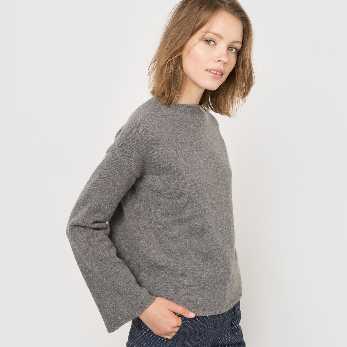 Пуловер укороченный
