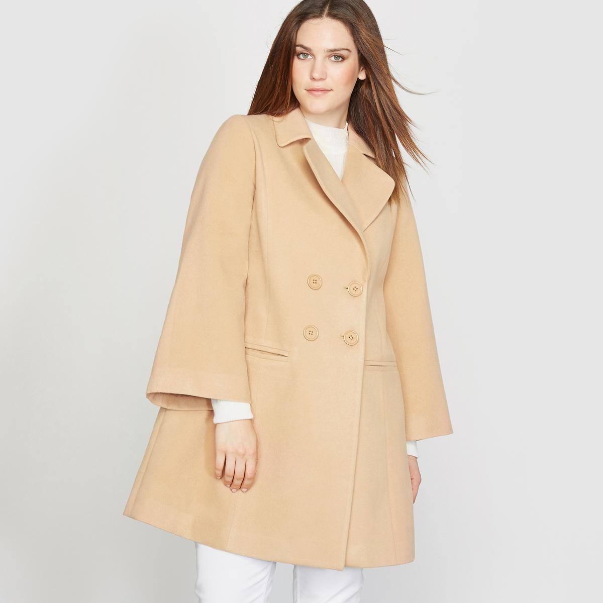 Пальто в форме трапеции