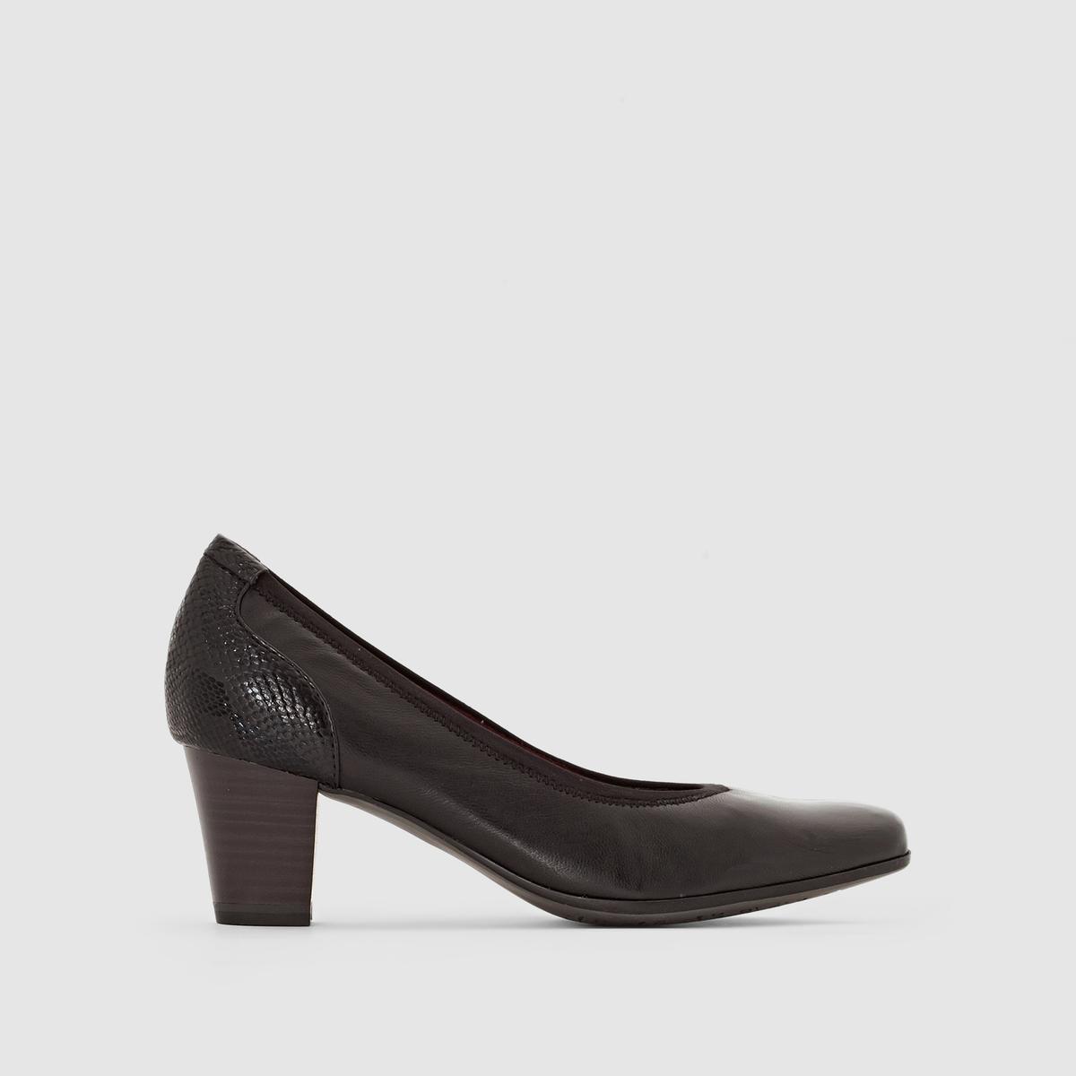 Туфли кожаные 22400-27Верх/Голенище : голенище из кожи        Подкладка : текстиль Стелька : кожа Подошва : синтетика Высота каблука : 5,5 см Форма каблука : широкий Мысок : закругленный Застежка : без застежки<br><br>Цвет: черный<br>Размер: 39
