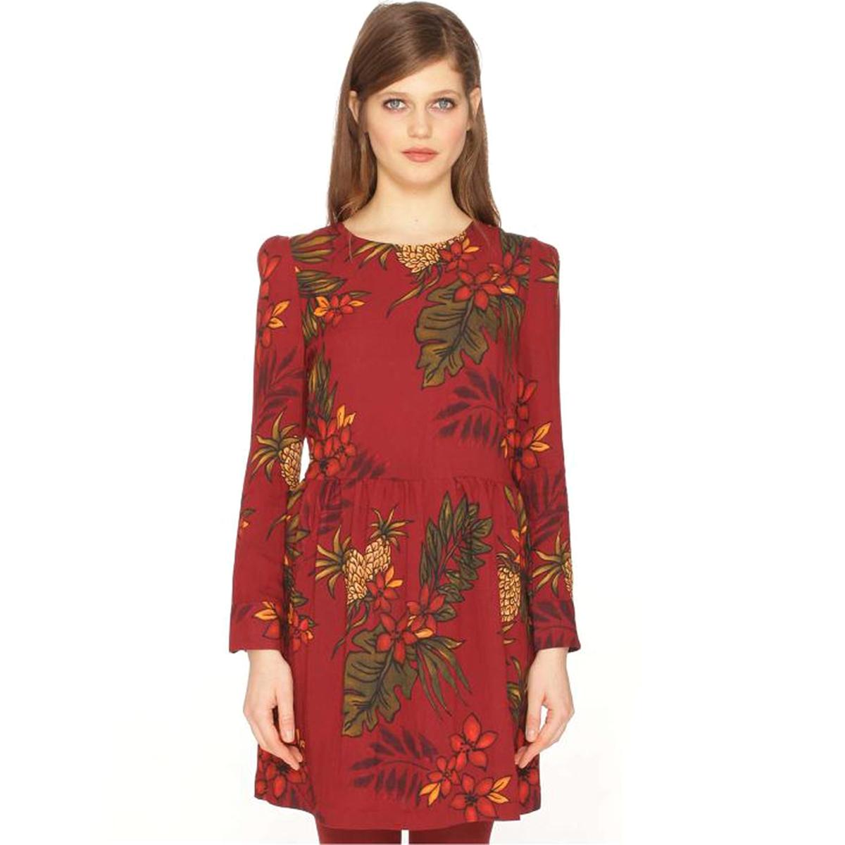 Платье короткое с длинными рукавамиДетали •  Форма : расклешенная •  Короткое  •  Длинные рукава     •  Круглый вырез •  Рисунок-принтСостав и уход •  100% полиамид  •  Следуйте советам по уходу, указанным на этикетке<br><br>Цвет: рисунок бордовый<br>Размер: L