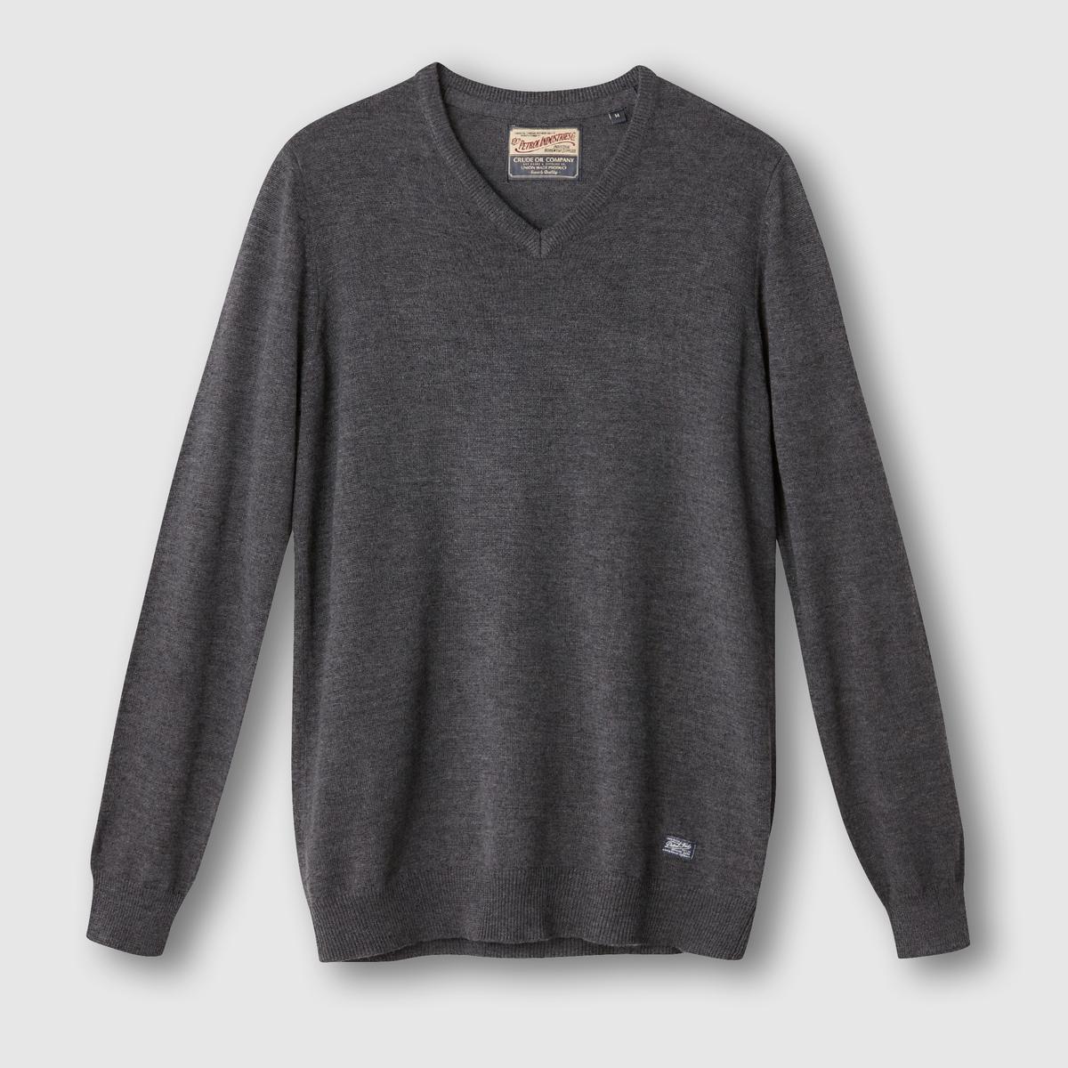 Пуловер с V-образным вырезомСостав и описание:Материал: 50% акрила, 50% хлопка.Марка: PETROL INDUSTRIES.<br><br>Цвет: каштановый меланж