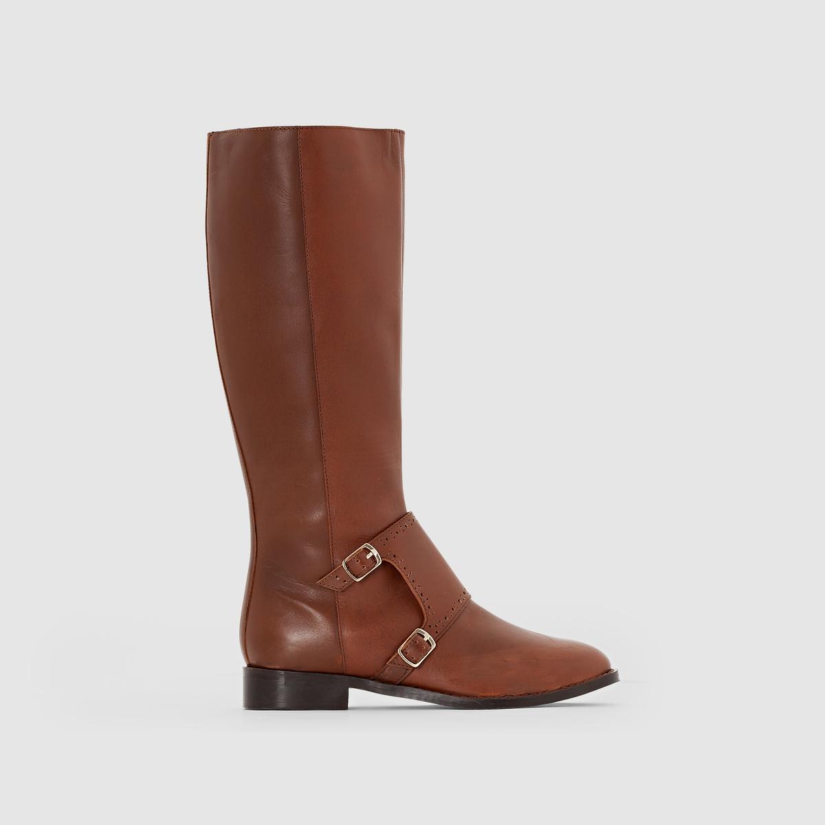 Ботинки кожаные с пряжкой.