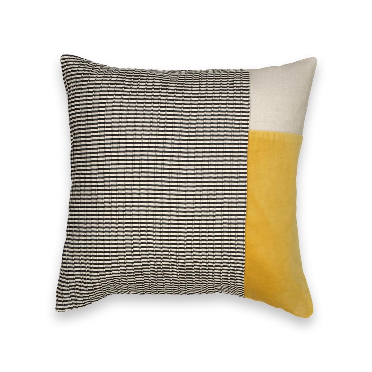 Наволочка, KhertiНаволочка Kherti . Красивый принт натурально, черного и горчично-желтогго цвета  . Однотонная оборотная сторона . 65% хлопка, 19% вискозы, 13% льна, 3% лиоцелла . Скрытая застежка на молнию. Размер : 40 x 40 см. Подушка продается отдельно.<br><br>Цвет: экрю/ черный