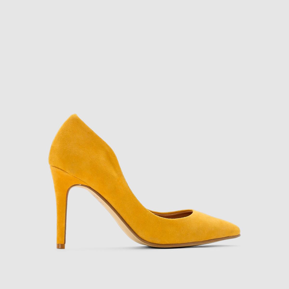 Туфли кожаные на высоком каблукеВерх: Яловичная кожаПодкладка: КожаСтелька: КожаПодошва: ЭластомерКаблук: 9,5 смМарка: R studioКомфорт и натуральный материал, элегантность ультраженственной линии.Мы рекомендуем Вам заказывать модель на размер больше Вашего обычного размера.<br><br>Цвет: желтый<br>Размер: 39