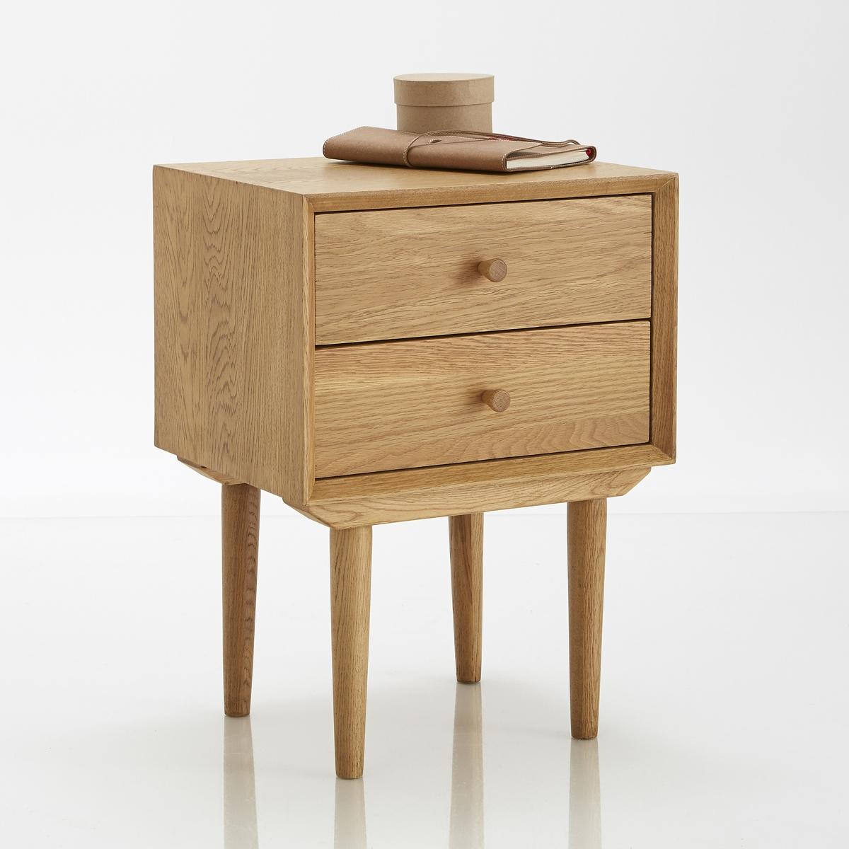 Столик прикроватный, QuildaСтолик прикроватный, 2 ящика, дуб,  Quilda: нестареющий винтаж- столик с 2 ящиками, практичный и эстетичный, подойдет к интерьеру любого стиля. Компактен, подходит даже для небольших помещений. Описание  :2 ящика Характеристики :Ножки из массива дуба Корпус и ящики из дуба и МДФ и  дубовой фанеры Полка из МДФ, дубовая фанера Покрытие лаком Вся коллекция Quilda на сайте  .Размеры  :Длина : 40 смВысота : 55 смГлубина : 33 см.Размеры. внутренние размеры ящика :Длина : 36 смВысота : 11,8 смГлубина : 26,8 см Размеры и вес ящика :1 упаковка46,5 x 39.5 x 39,5 см 13 кг Доставка :Поставляется в разобранном виде . Возможна доставка на дом!Внимание ! Убедитесь в возможности доставки на дом.<br><br>Цвет: светлый дуб