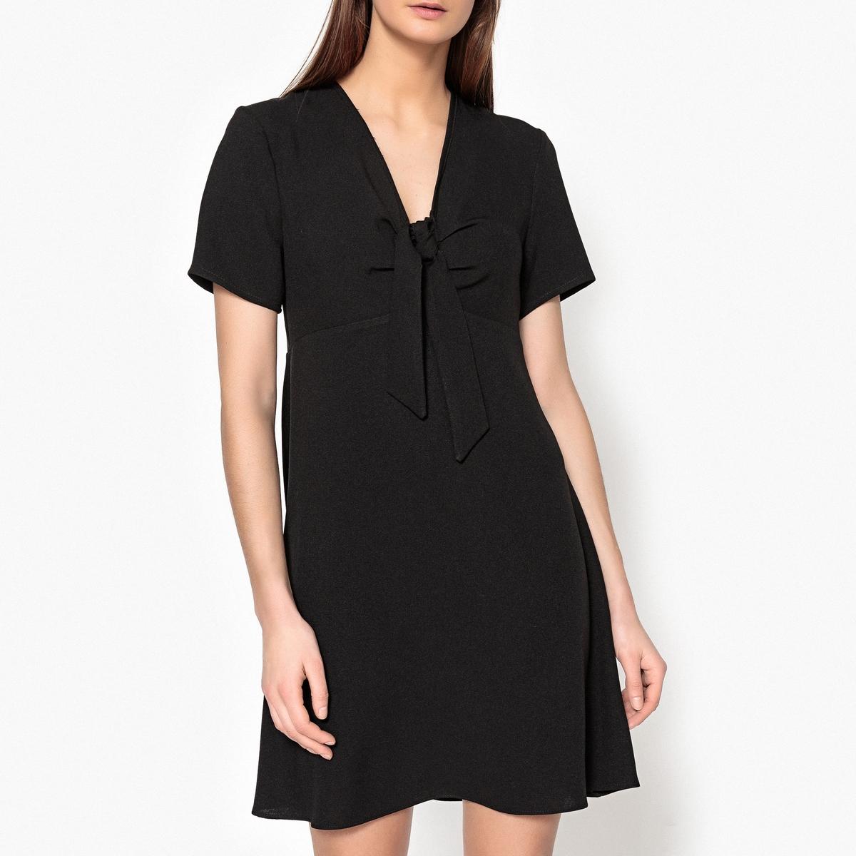 Платье однотонное с v-образным вырезом и бантиком PETULAR полуприлегающее платье с v образным вырезом gf ferre платья и сарафаны мини короткие