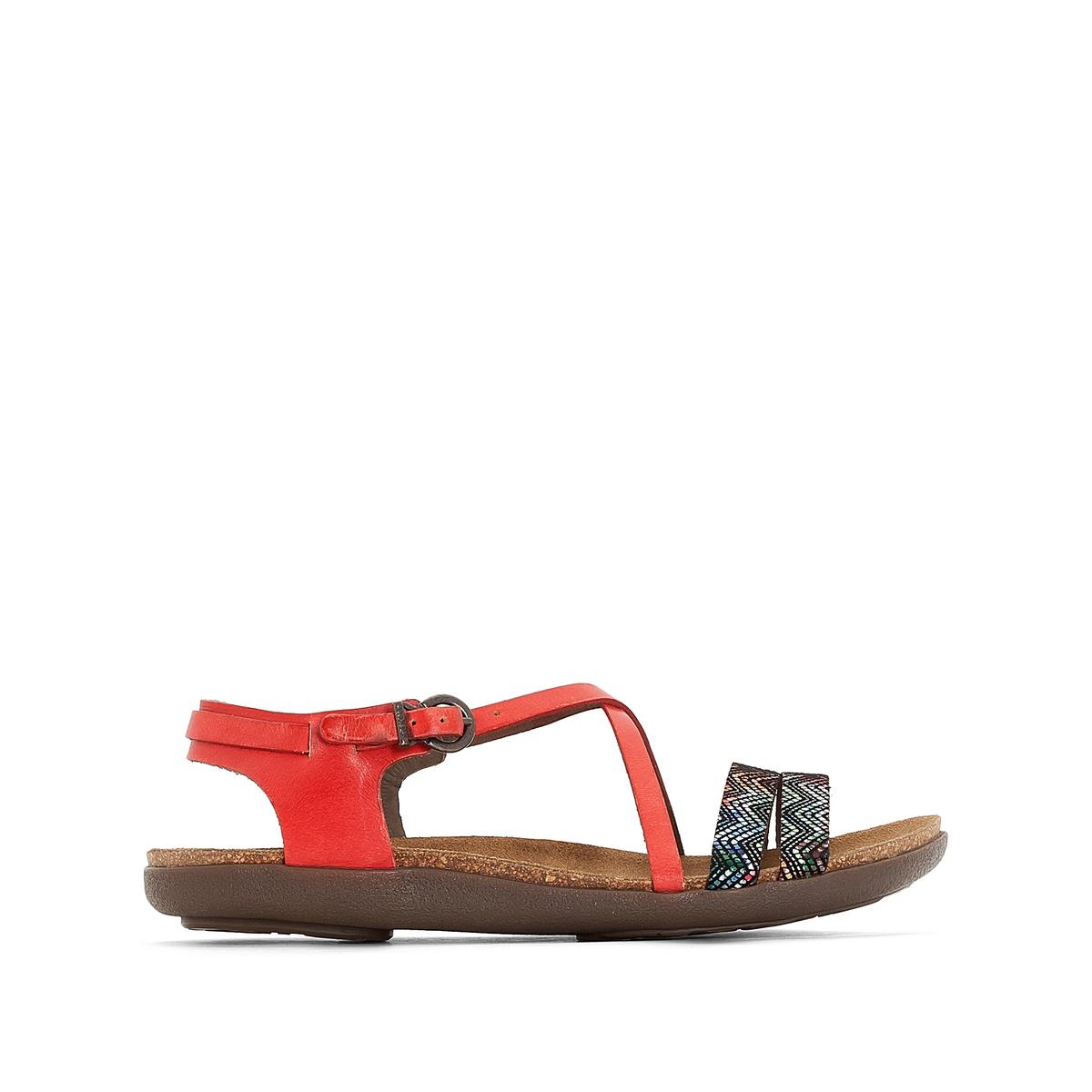 Босоножки из кожи AtomiumВерх : кожа   Подкладка : невыделанная кожа   Стелька : велюр   Подошва : каучук    Высота каблука : 2 см   Застежка : пряжка<br><br>Цвет: красный наб. рисунок<br>Размер: 36