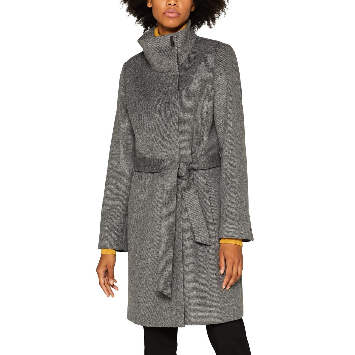 Abrigo largo con cremallera, cuello alto y cinturón