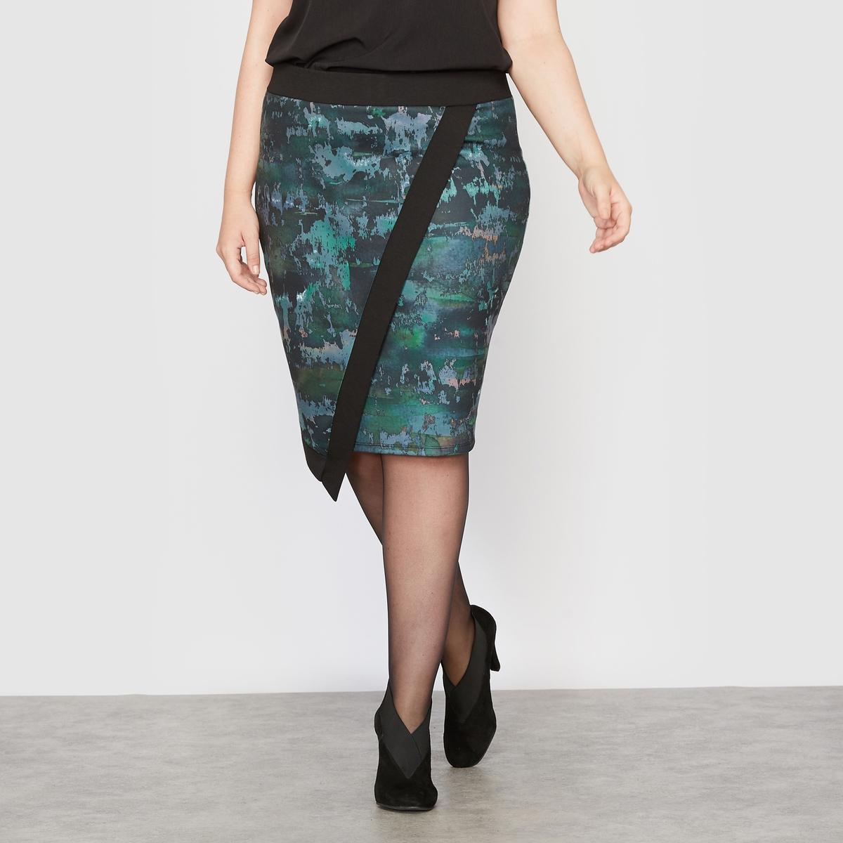 Юбка асимметричная из трикотажа с рисункомАсимметричная юбка из трикотажа с рисунком.Оригинальный рисунок, комфортный плотный трикотаж.Асимметричный покрой, эффект с запахом спереди.Широкий эластичный пояс на талии.Застежка на молнию посередине сзади.Состав и описание :Материал : плотный трикотаж с рисунком 95% полиэстера, 5% эластана.Длина посередине сзади 54 см для 42 размера.Марка : CASTALUNAУход : Машинная стирка при 30 °С в деликатном режиме.<br><br>Цвет: рисунок пятна<br>Размер: 58 (FR) - 64 (RUS).56 (FR) - 62 (RUS).50 (FR) - 56 (RUS)