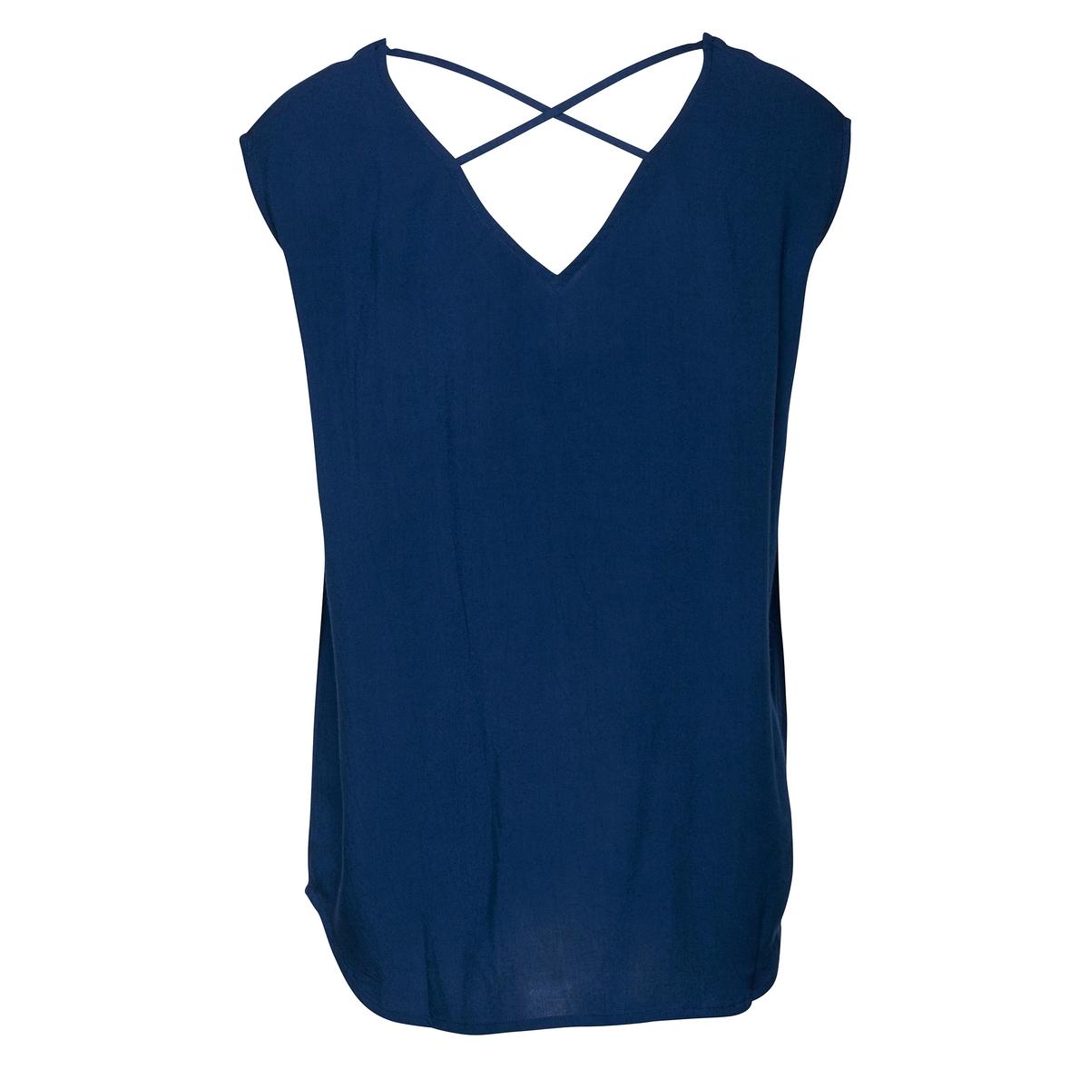 Блузка с рисунком, короткие рукава, вырез сзади