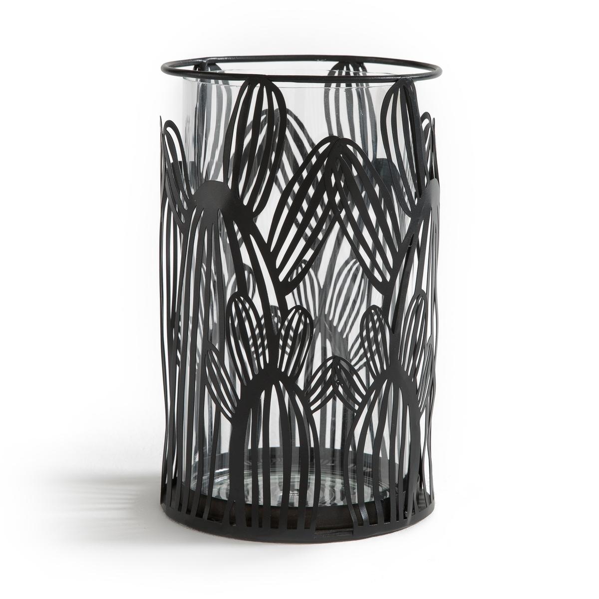 Подсвечник в виде кактуса из стекла и металла, DORIOОписание:Подсвечник из стекла и металла DORIO. Ажурный предмет декора красиво рассеет свет свечи.Характеристики подсвечника DORIO :Из стекла и металла для свечи ? 7 см (в комплект не входит)Размеры подсвечника DORIO :Диаметр : 13 см. Высота : 21 см<br><br>Цвет: латунь,черный