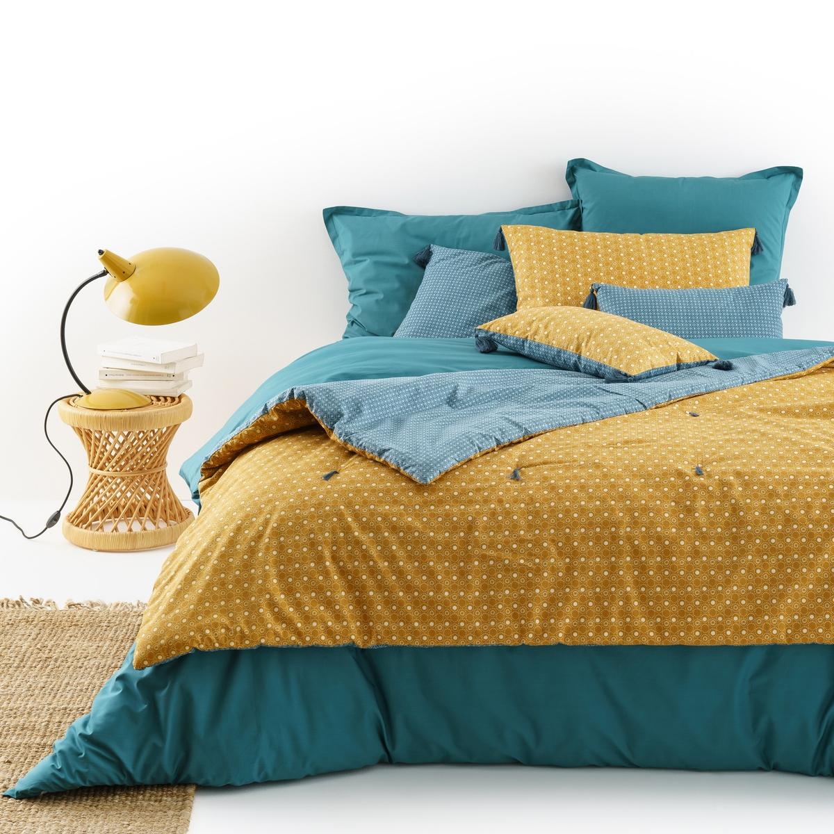 Одеяло стеганое из перкали, SHINTOХарактеристики одеяла Shinto :Качество BEST, требование качества.Верх из перкали 100% хлопок .Различные микромотивы с лицевой и оборотной сторон.Наполнитель 100% полиэстер (200 г/м?).Отделка  помпонами.Всю коллекцию Shinto Вы найдете на laredoute.ru Размеры одеяла Shinto :90 x 190 см150 x 150 смЗнак Oeko-Tex® гарантирует, что товары прошли проверку и были изготовлены без применения вредных для здоровья человека веществ.<br><br>Цвет: желтый/ синий