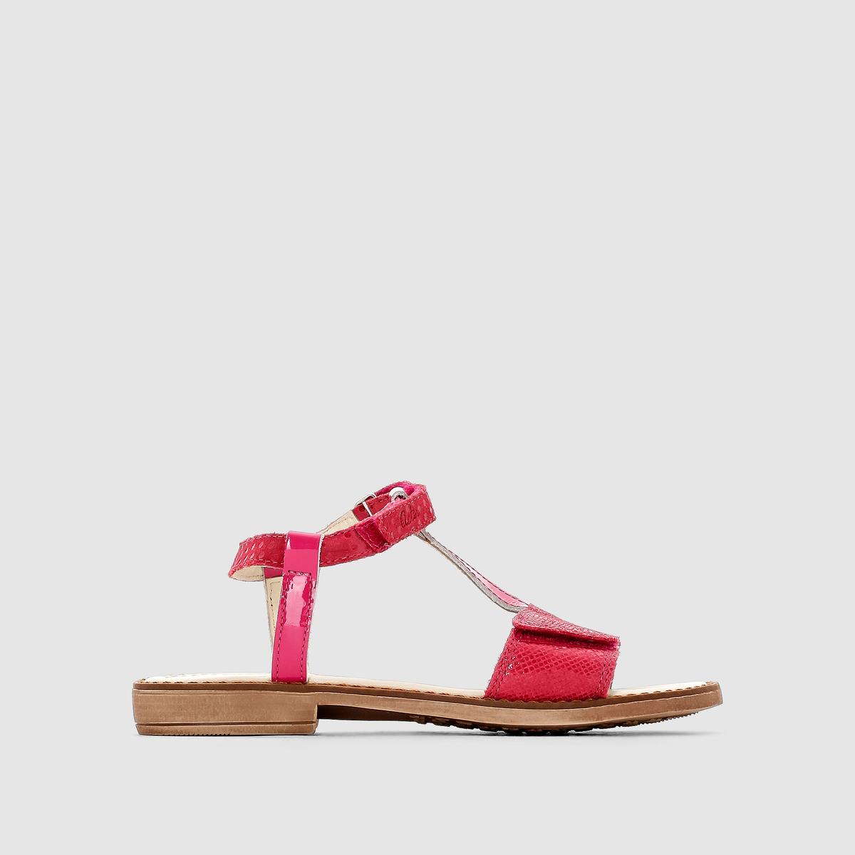Сандалии Aster THEAТребовательность, качество и аутентичность...Стильные и не выходящие из моды сандалии Aster, невероятно комфортные и изысканные . Очаровательные сандалии яркого цвета изысканной формы, которые придутся по вкусу детям в эстетическом и практическом плане !<br><br>Цвет: фуксия