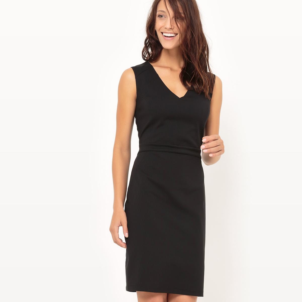 Платье приталенное с V-образным вырезомМатериал : 65% хлопка, 3% эластана, 32% полиамида            Подкладка : 100% полиэстер            Длина рукава : без рукавов             Форма воротника : V-образный вырез            Покрой платья : платье прямого покроя                 Рисунок : однотонная модель              Длина платья : 92 см            Стирка : машинная стирка при 30 °С в деликатном режиме            Уход : сухая чистка и отбеливание запрещены            Машинная сушка : барабанная сушка в умеренном режиме            Глажка : при низкой температуре<br><br>Цвет: красный,черный<br>Размер: 36 (FR) - 42 (RUS).34 (FR) - 40 (RUS).48 (FR) - 54 (RUS).52 (FR) - 58 (RUS).46 (FR) - 52 (RUS).44 (FR) - 50 (RUS)