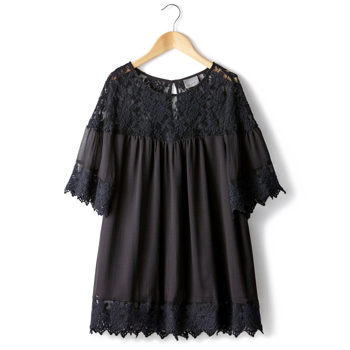 Блузка из вуали и кружеваБлузка VERO MODA из вуали на подкладке, 100% полиэстера. Короткие рукава. Кружевные вставки по вырезу и рукавам, а также по низу блузки. Длина 72 см.<br><br>Цвет: черный<br>Размер: XS