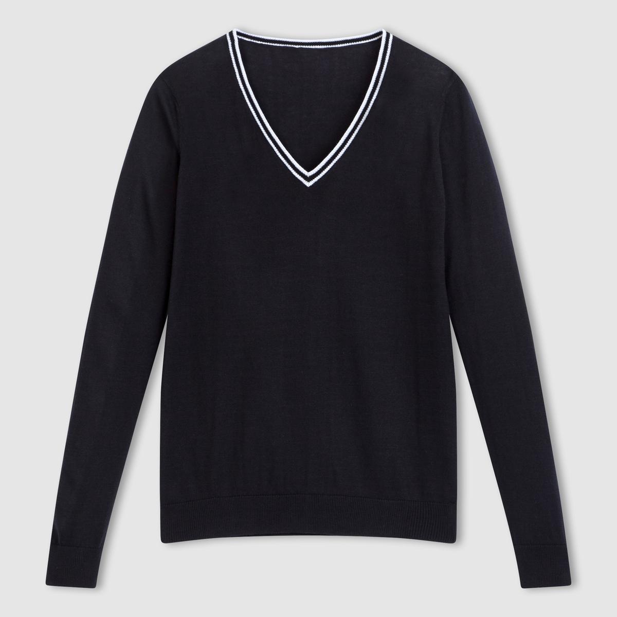 Пуловер 100% хлопка с V-образным вырезомПуловер с V-образным вырезом . 100% хлопка .Воротник с контрастным кантом .  Края выреза, манжет и низа связаны в рубчик . Длина 64 см.<br><br>Цвет: черный<br>Размер: 50/52 (FR) - 56/58 (RUS)
