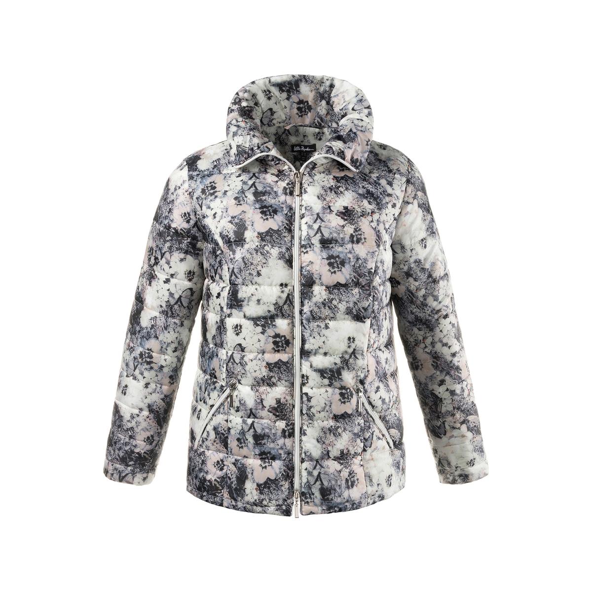 Куртка стеганаяКуртка ULLA POPKEN. 100% полиэстер. Стеганая куртка с модным цветочным принтом - легкая и теплая . Прямой воротник, застежка на молнию с 2 бегунками, 2 кармана на молнии и длинные рукава . Полноценная подкладка, карман на молнии . Длина, в зависимости от размера, от 72 до 82 см.<br><br>Цвет: набивной рисунок