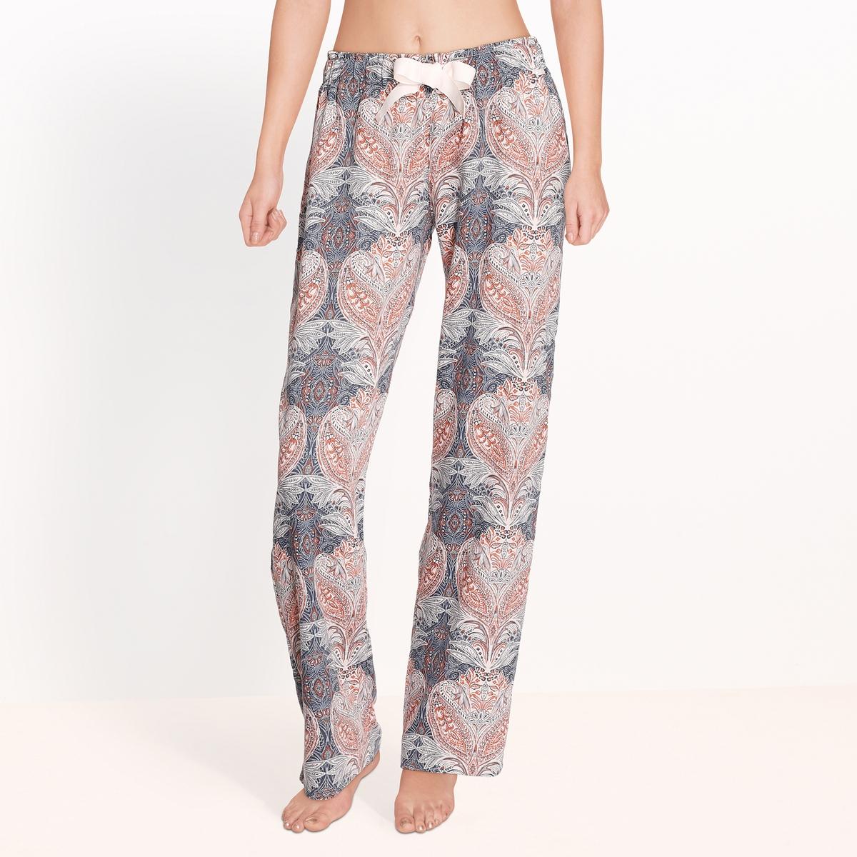 Брюки от пижамы, Moonlight sparkle sleepБрюки от пижамы с кашемировым рисунком, Moonlight sparkle sleep от Skiny.Бархатистый и мягкий хлопок с красивым кашемировым рисунком. Эластичный пояс. Завязки на широкую ленту. Состав и описание : Материал : 100% хлопокМарка : SkinyМодель : Moonlight sparkle sleepУход: :Машинная стирка при 30 °С на деликатном режиме с вещами схожих цветов.Стирать и гладить при низкой температуре с изнаночной стороны.Машинная сушка запрещена.<br><br>Цвет: набивной рисунок<br>Размер: 38 (FR) - 44 (RUS)