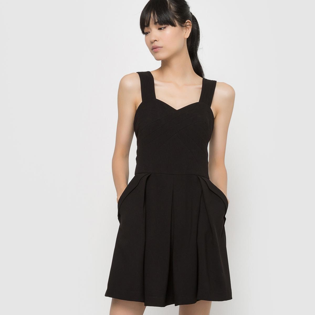 Платье вечернееСостав и описаниеМатериал : 70% полиэстера, 25% полиамида, 5% эластанаМарка : See U SoonУходСледуйте советам по уходу, указанным на этикетке.<br><br>Цвет: черный<br>Размер: S