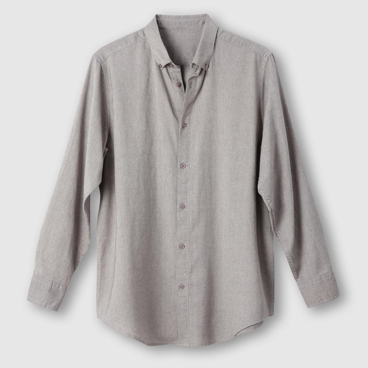 Рубашка фланелеваяРубашка фланелевая. Длинные рукава. Воротник с застежкой на пуговицы. 2 складки сзади для большего комфорта. Фланель, 100% хлопка. Длина 85 см .<br><br>Цвет: серый