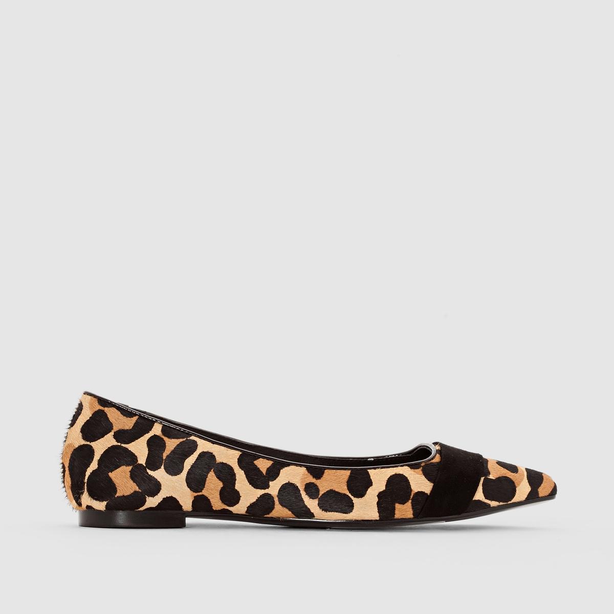 Балетки с леопардовым принтомБалетки с леопардовым принтом ATELIER R  Верх : кожа. Подкладка : кожа.Стелька : кожа.Подошва : из эластомера.Застежка : без застежки. Преимущества:   : вы получите невероятное удовольствие, надев эти балетки с модным в этом сезоне   леопардовым принтом .<br><br>Цвет: черный леопард<br>Размер: 38