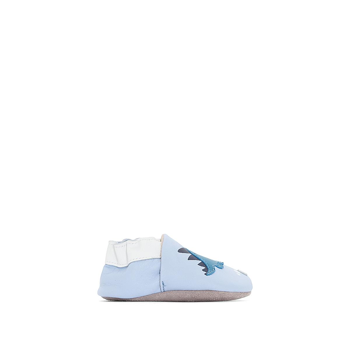 Тапки кожаные Oh DinoОписание:Детали •  Тапки в виде носков •  Застежка : без застежкиСостав и уход •  Верх/Голенище : 100% кожа •  Подкладка : 100% текстиль •  Стелька : 100% кожа •  Подошва : 100% кожа<br><br>Цвет: голубой<br>Размер: 19/20