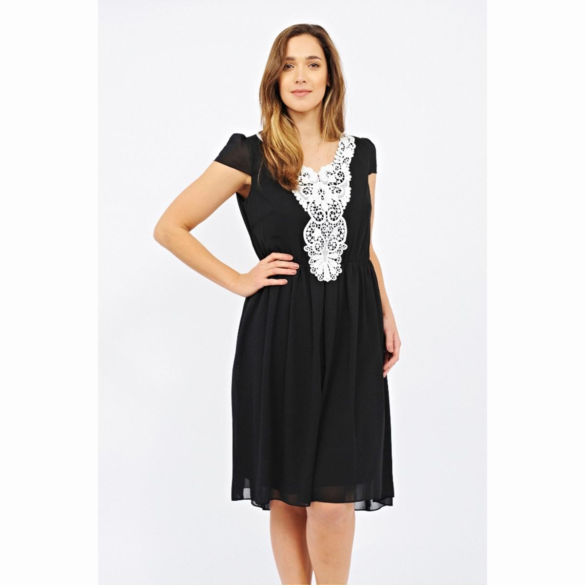 ПлатьеПлатье LOVEDROBE. Красивое кружево спереди . Более длинное сзади . Длина ок. 104 см . 100% полиэстер<br><br>Цвет: черный