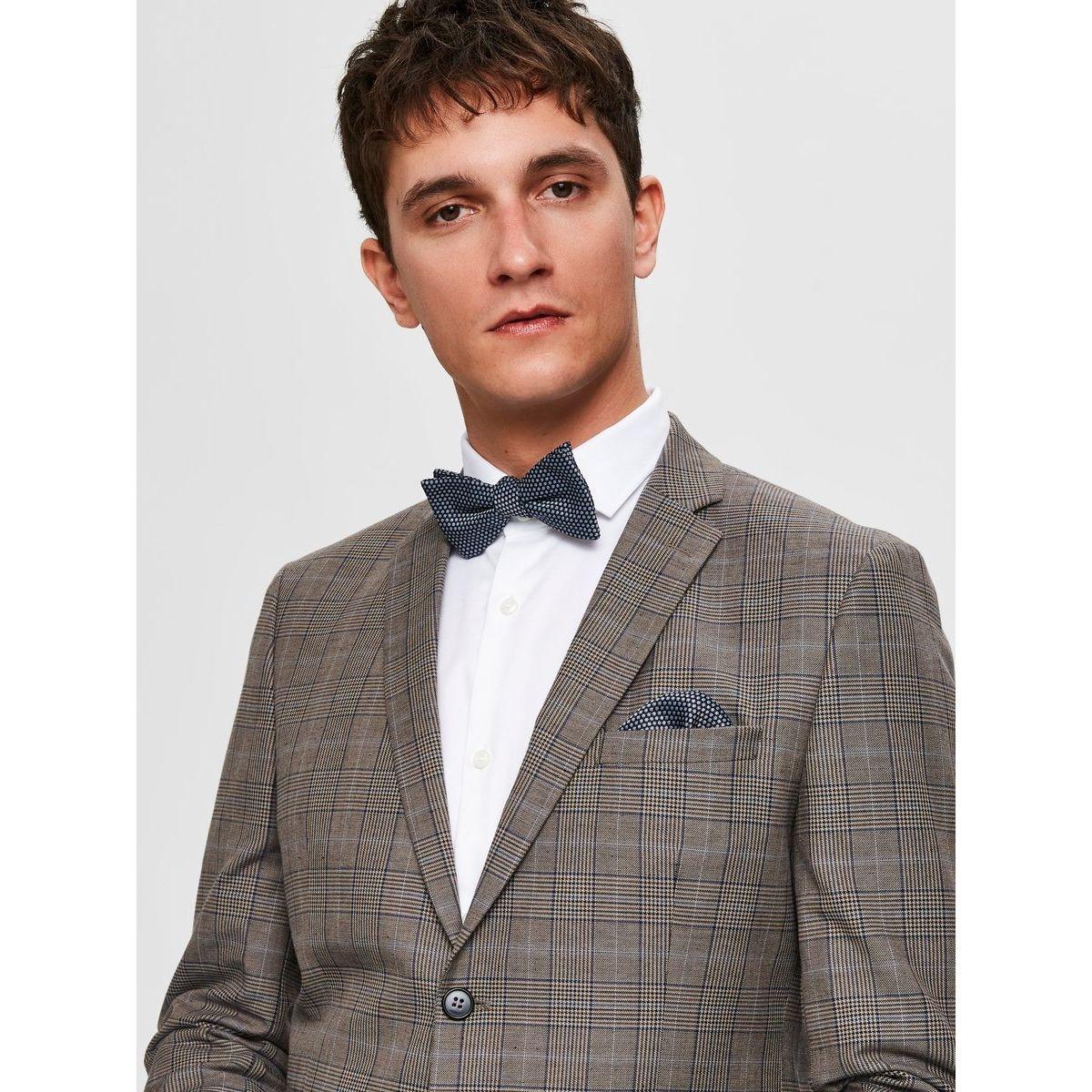 Cravate Nœud papillon ou cravate