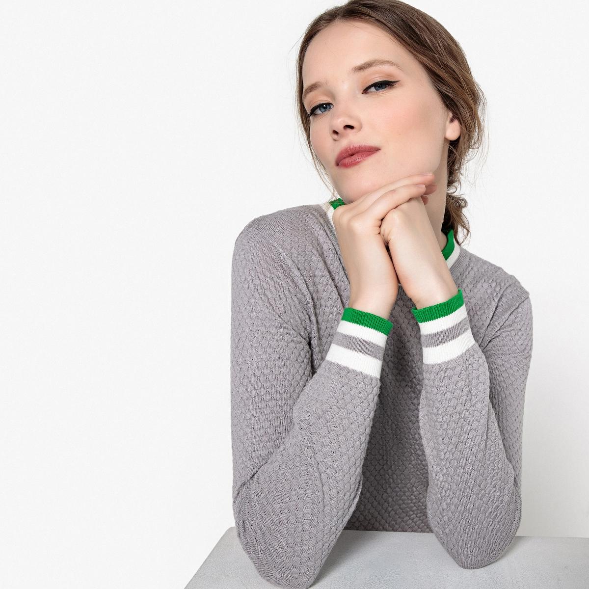 Пуловер с круглым вырезом из тонкого ажурного трикотажа