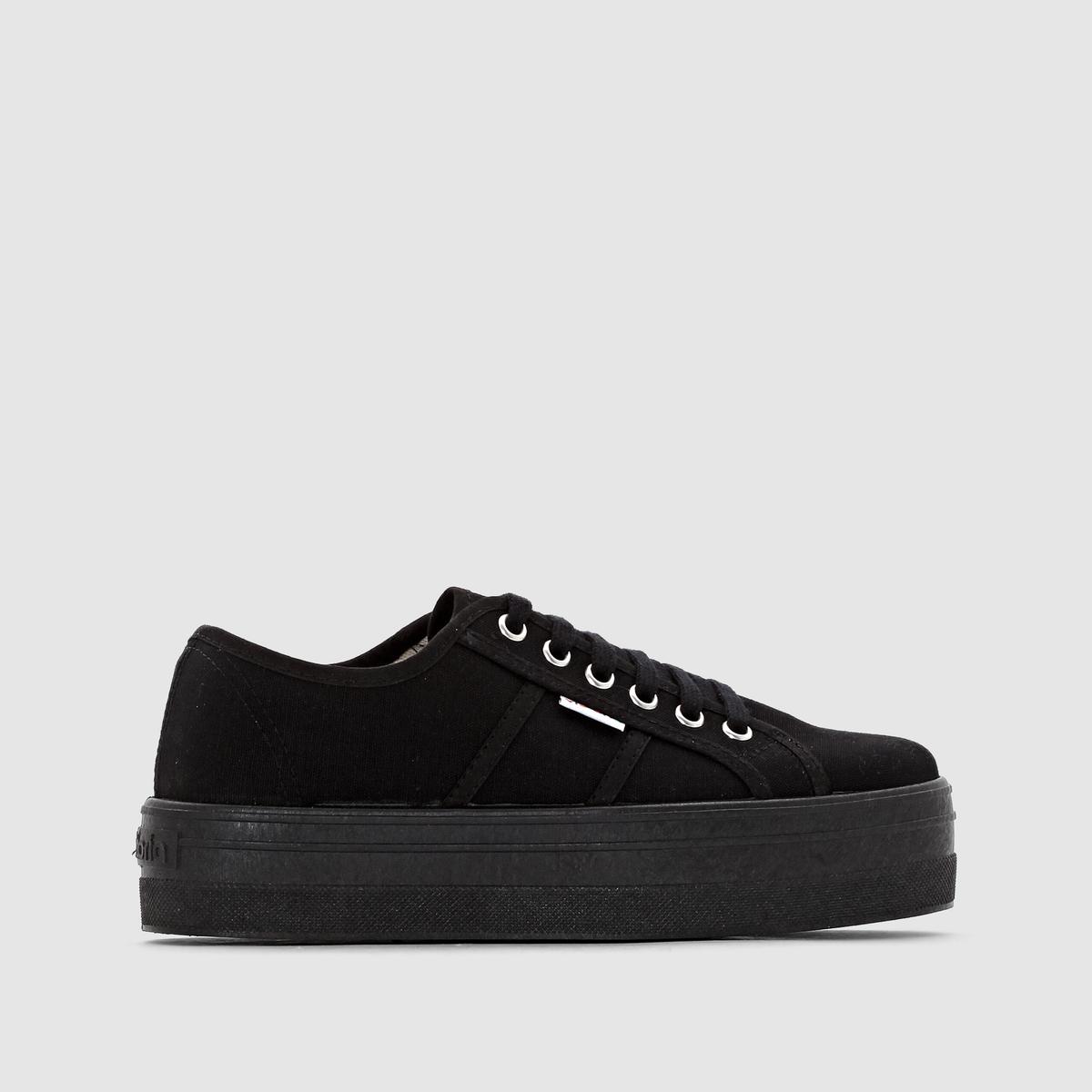 Кеды Victoria BLUCHER LONA PLATAFORMA NEУже целый век, как известная испанская марка Victoria, производит для нас стильную и простую обувь в стиле casual. Бережное отношение к окружающей среде, к нашей планете и нашему здоровью, благодаря использованию натуральных материалов. Богатая и разнообразная линейка обуви для нас. Эти кеды на черной платформе выглядят невероятно стильно!<br><br>Цвет: черный